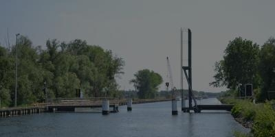 Mobil and fix foot- and cycle bridge (Willebroek, 2011)